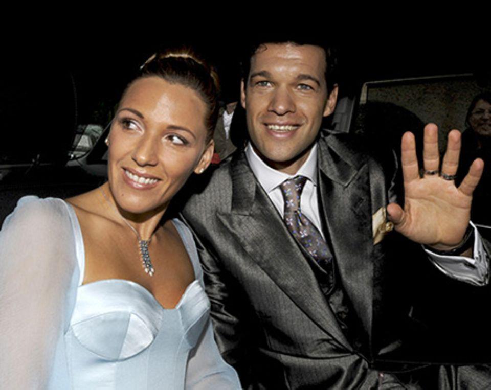 Simone und Michael Ballack nach der standesamtlichen Trauung am 14. Juli