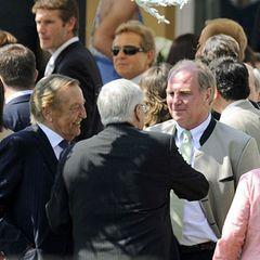 Fußballgrößen unter sich: Gerhard Mayer-Vorfelder (von links), der amtierende DFB-Präsident Theo Zwanziger und der FC Bayern Man