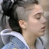 Schluss mit süß: Lourdes Aussehen wird immer extremer. Jetzt trägt sie einen sogenannten Undercut, bei dem die untere Haarpartie