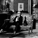 Claudia Schiffer für Dom Pérignon fotografiert von Karl Lagerfeld