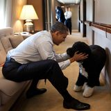 """US-Präsident Barack Obama und """"First Dog"""" Bo, ein portugiesischer Wasserhund, sind beste """"Buddies""""."""
