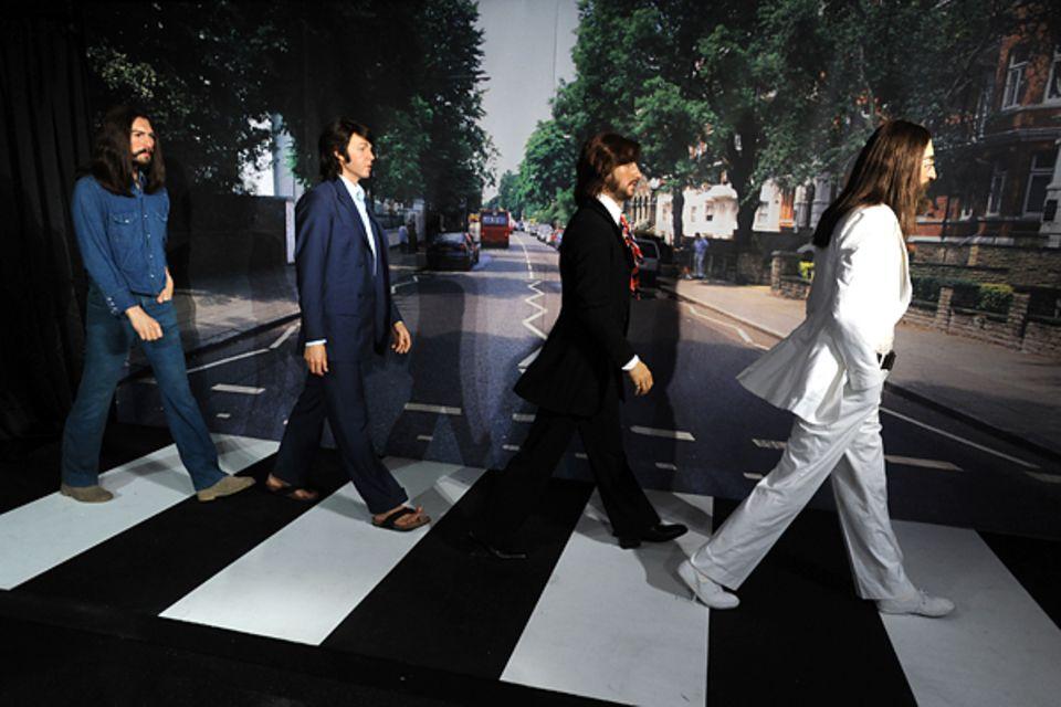 Anlässlich zu dem 70. Geburtstag von Paul McCartney (18. Juni 2012) präsentiert Madame Tussauds in Hollywood die Beatles in Anle