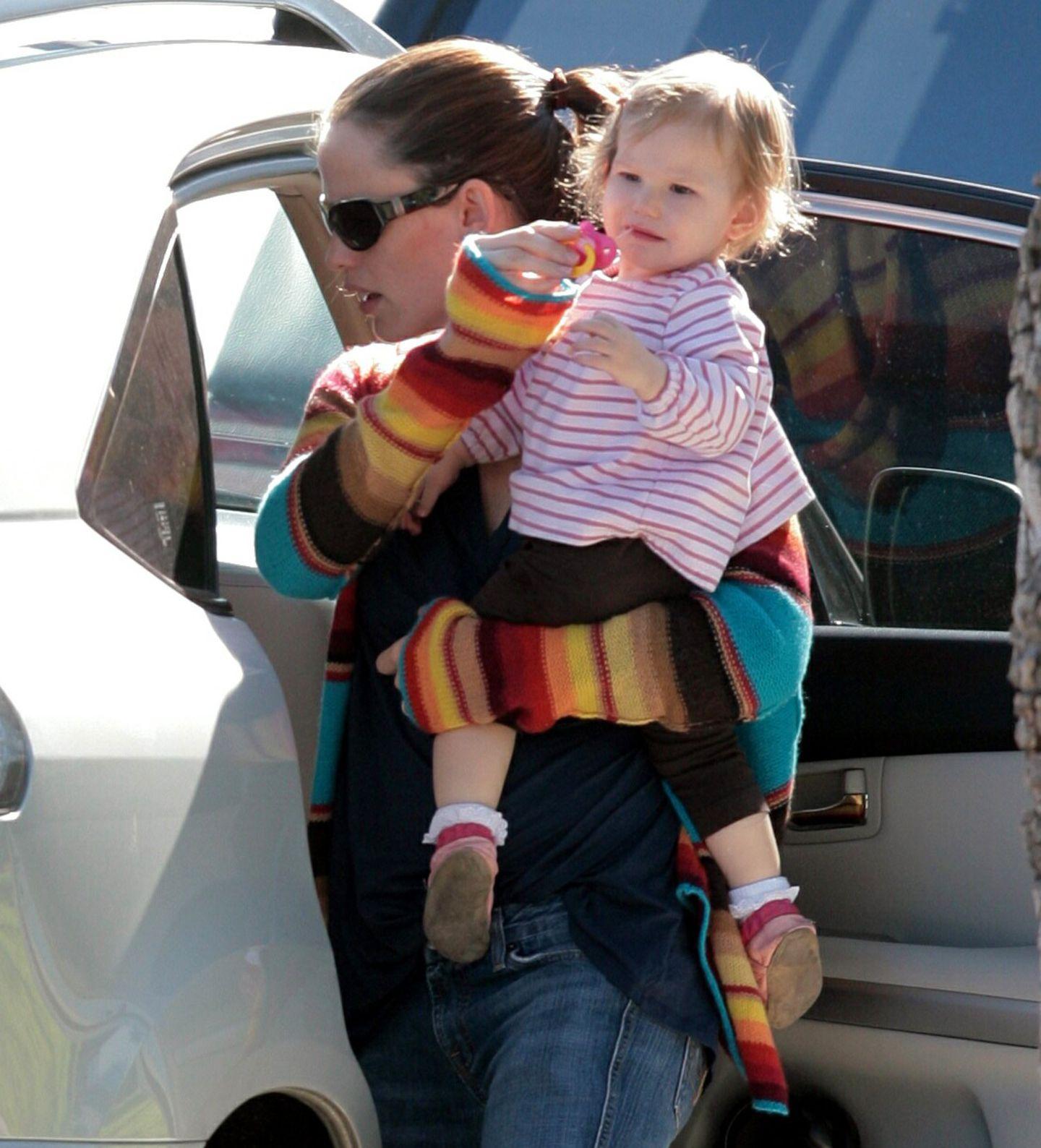 Dezember 2006: Jennifer Garner mit ihrem einjährigen Sonnenschein