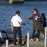 Jennifer Garner + Ben Affleck: 7. Mai 2016 Jennifer Garner urlaubt in Paris. Mit dabei: ihre Kinder und auch ihr Noch-Ehemann Ben Affleck. Der muss bei diesem Bootstrip allerdings im Hotel bleiben.