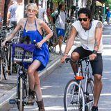Carlos Leon und seine Frau Betina Holte machen in New York City einen Fahrradausflug.