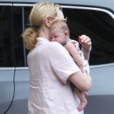 Cate Blanchett und ihre Adoptivtochter Edith Vivian Patricia  Schauspielerin Cate Blanchett und ihr Mann Andrew Upton haben ein kleines Mädchen in ihre Familie aufgenommen und zeigen ihr überraschendes Elternglück.