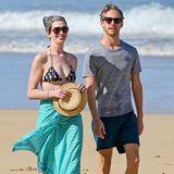 Anne Hathaway und ihr Mann Adam Shulman genießen einen wunderschönen Urlaubstag auf Hawaii.