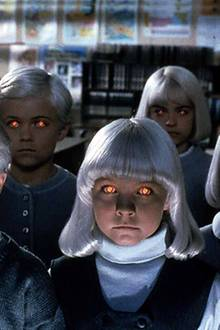 """Blonde Haare und rote Augen reichten im """"Dorf der Verdammten"""" schon aus um die Zuschauer zu ängstigen."""