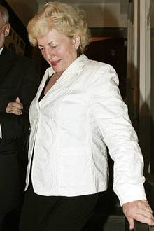 """Boris' Mutter Elvira zeigte sich""""glücklich"""" über ihre neue Schwiegertochter"""