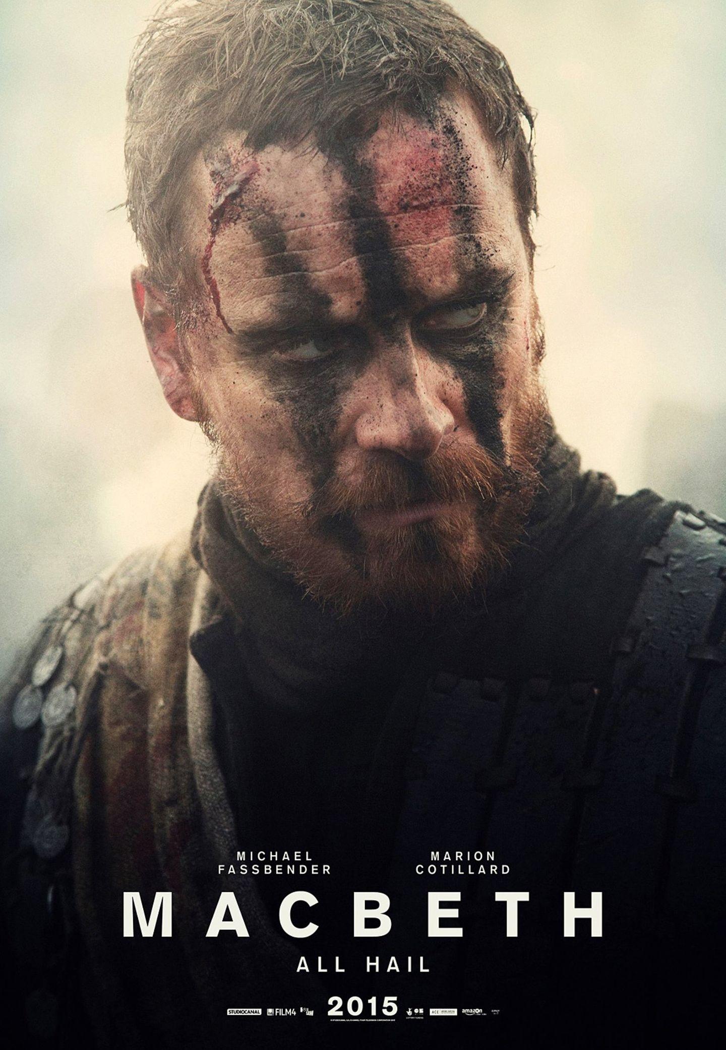 """Im Oktober 2015 nimmt Michael Fassbender in """"Macbeth"""" die Rolle des machtbesessenen, schottischen Tyrannen ein. Vom Kriegsheld wird er zum grausamen Herrscher - und verliert dabei nicht nur seinen Verstand."""