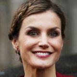 Auch der neue Long-Bob-Haarschnitt von Königin Letizia lässt sich mit geflochtenen Strähnen spielerisch verschönern.