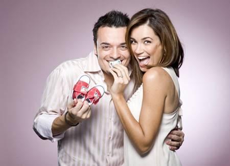So sieht wahres Elternglück aus: Am 23. September 2008 begrüßten Jana Ina und Giovanni ihren ersten Sohn Gabriel Bruno