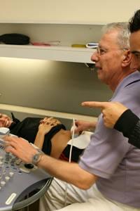 Einen ersten Blick konnten die beiden beim Ultraschall auf ihr Baby erhaschen