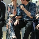 Schon am Tag zuvor zeigten Kate Moss und Nikolai von Bismarck sich ganz kuschelig in der Frontrow der Fashion-Show von Louis Vuitton.