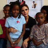 Victoria Beckham setzt sich in Äthiopien für die Wertschätzung und Gesundheit von Kindern ein.