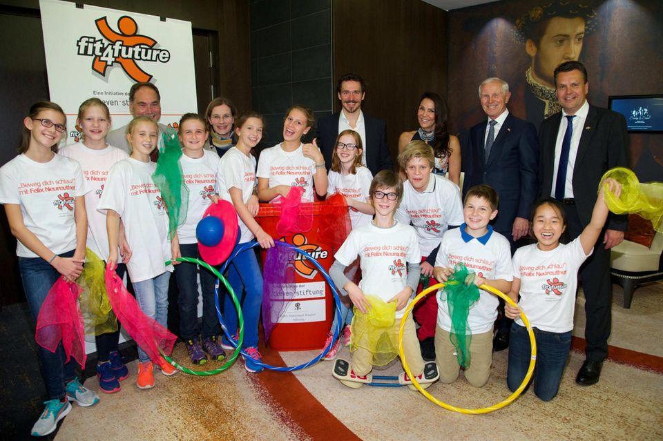 """Der Skirennläufger Felix Neureuther ünterstützt mit seinem Projekt """"fit4future"""", einem Gesundheits-Förderprogramm, bereits mehr als 300.000 Kinder."""
