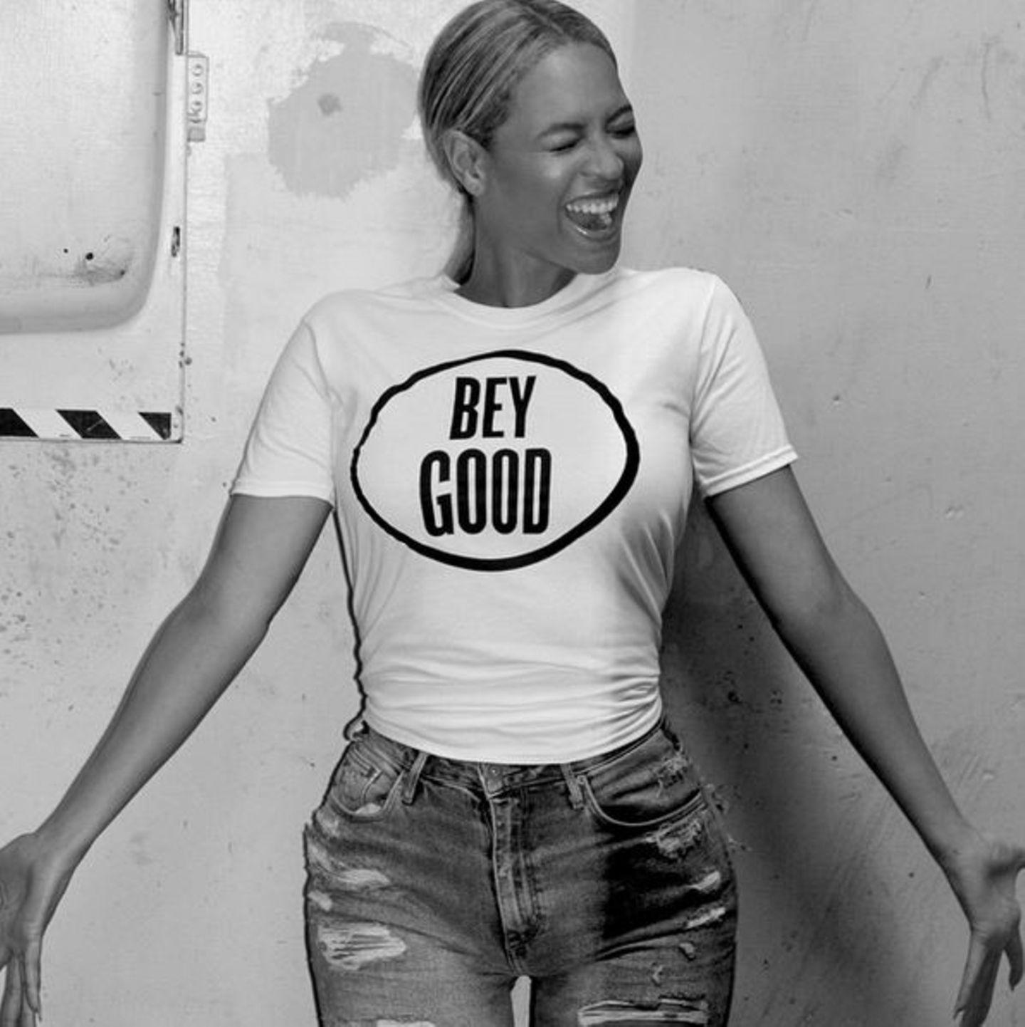 """Der Erlös von Beyoncé Knowles """"Bey Good""""-Shirts kommt Kindern in Haiti zugute."""