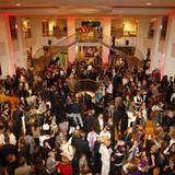 GALA Shopping Night: die Welcome-Area im Lichthof des Alsterhauses