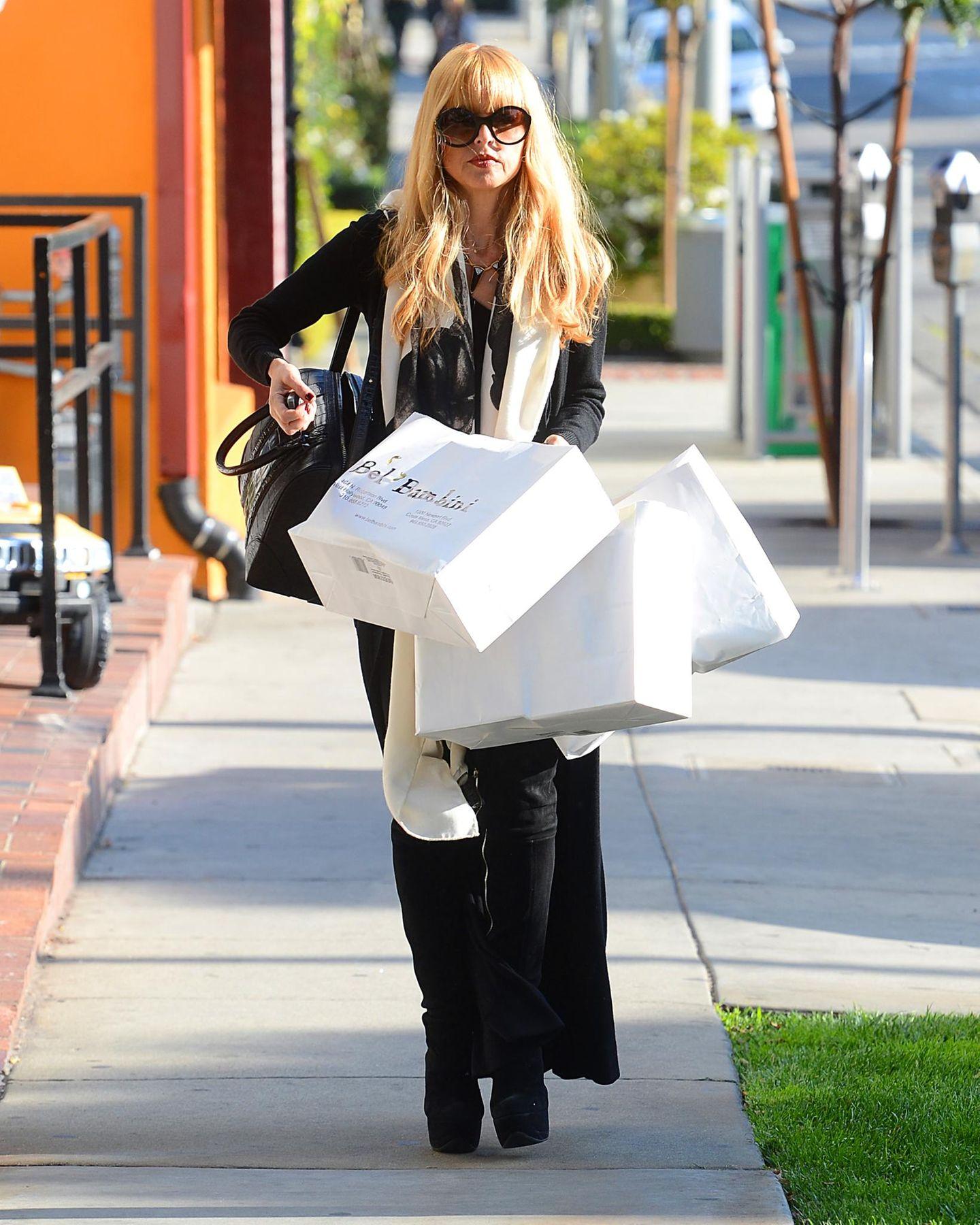 """Rachel Zoe hat für ihre Kinder bei """"Bel Bambini"""" in West Hollywood zugeschlagen."""