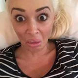 Diese Grimasse ist das Ergebnis eines Selfie-Versuchs von Daniela Katzenberger.