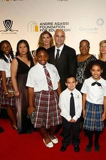 26. September 2009: Steffi und Andre mit Schülern und Absolventen von Andres Schule