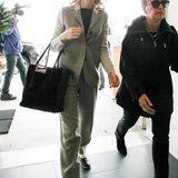 Cate Blanchett wird am LAX Flughafen in Los Angeles gesehen.