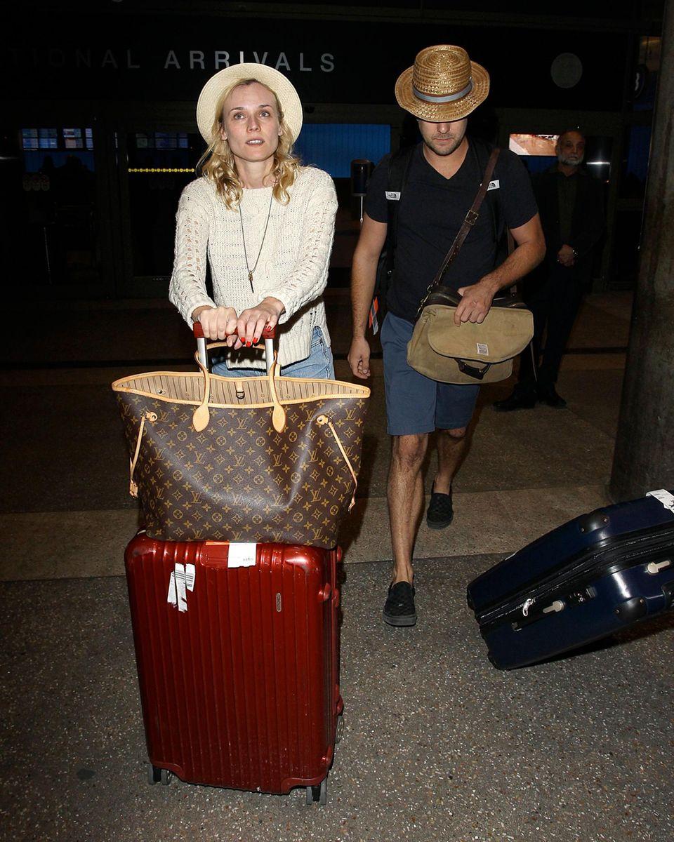 Diane Kruger und Joshua Jackson kehren aus dem Mexiko Urlaub zurück.