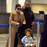 Endlich zurück: Kim Kardashian, Kanye West und Tochter North kommen in Los Angeles an.