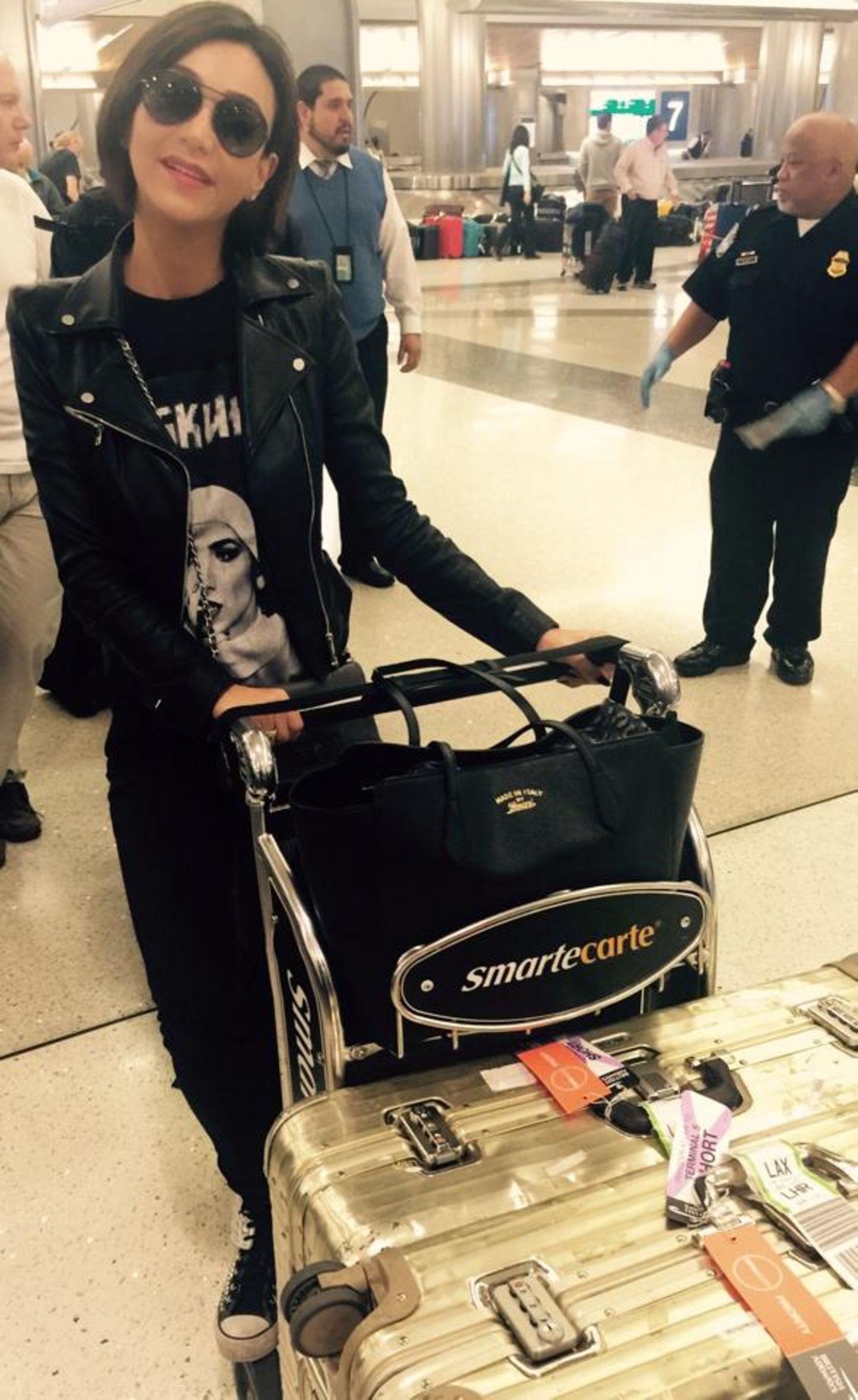 Verona Pooth ist soeben in ihrer Lieblingsstadt Los Angeles angekommen und freut sich schon riesig auf ihren Aufenthalt.