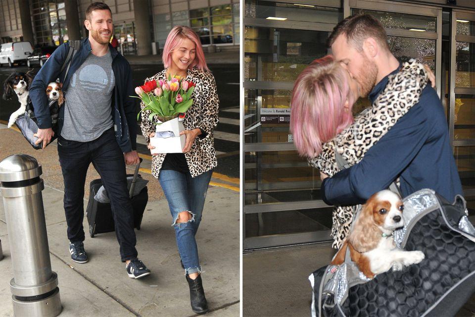 Ganz überraschend wird Julianne Hough von ihrem Freund Brooka Laich am Flughafen in Washington abgeholt. Mit Blumen und innigen Küssen wird sie liebevoll begrüßt.