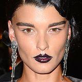 Mit fast schwarzen, stark überzeichneten Lippen macht Topmodel Crystal Renn ihrer Vorliebe für extravagante Make-ups mal wieder alle Ehre.