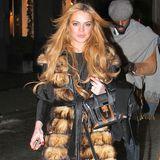 Lindsay Lohan ist ein großer Pelz-Fan. In diesem A-Form-Exemplar zeigt sie sich bei einem Prada-Event in New York.