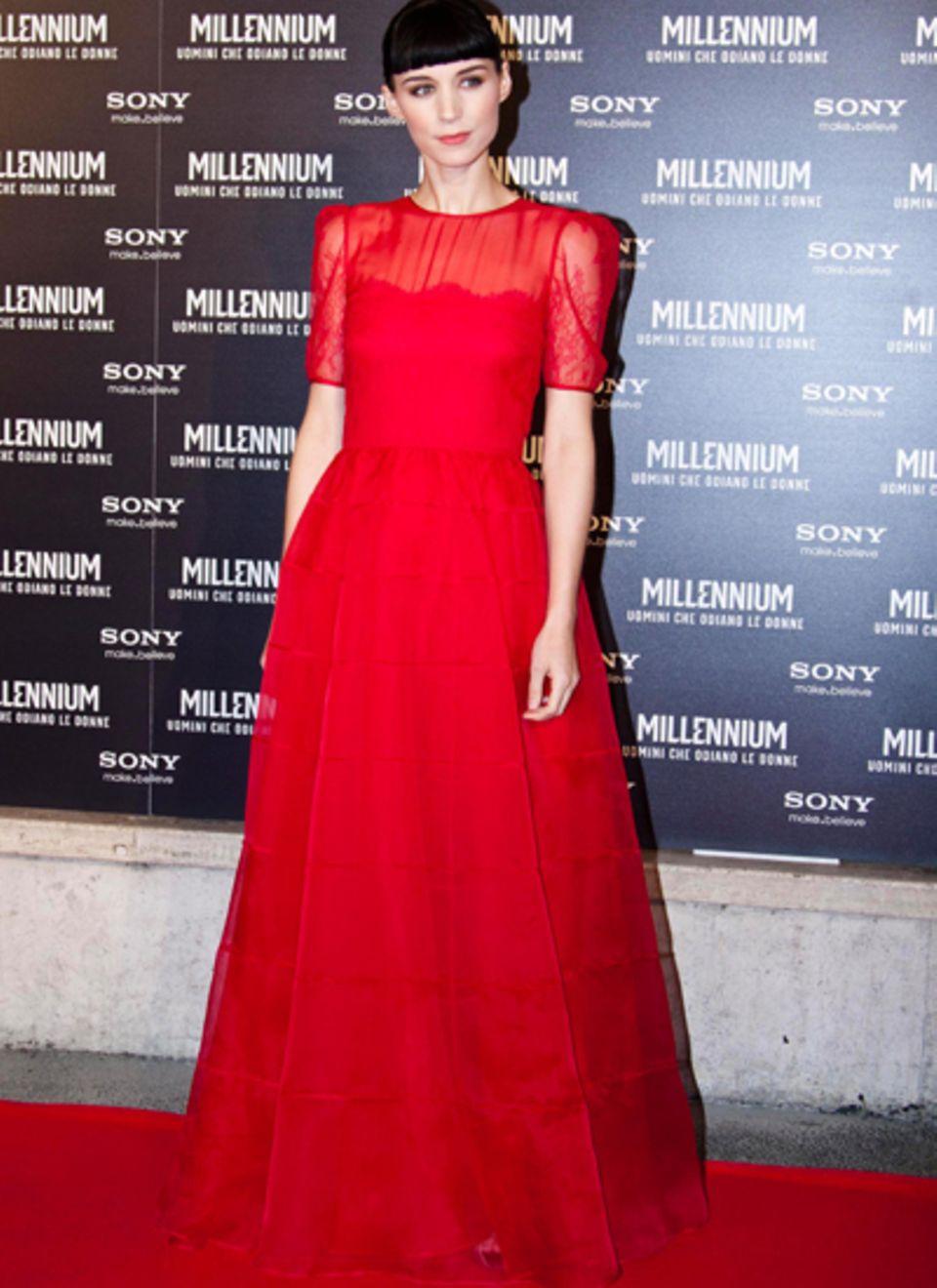 Rooney Mara trägt ein echtes Prinzessinnen-Kleid von Valentino.