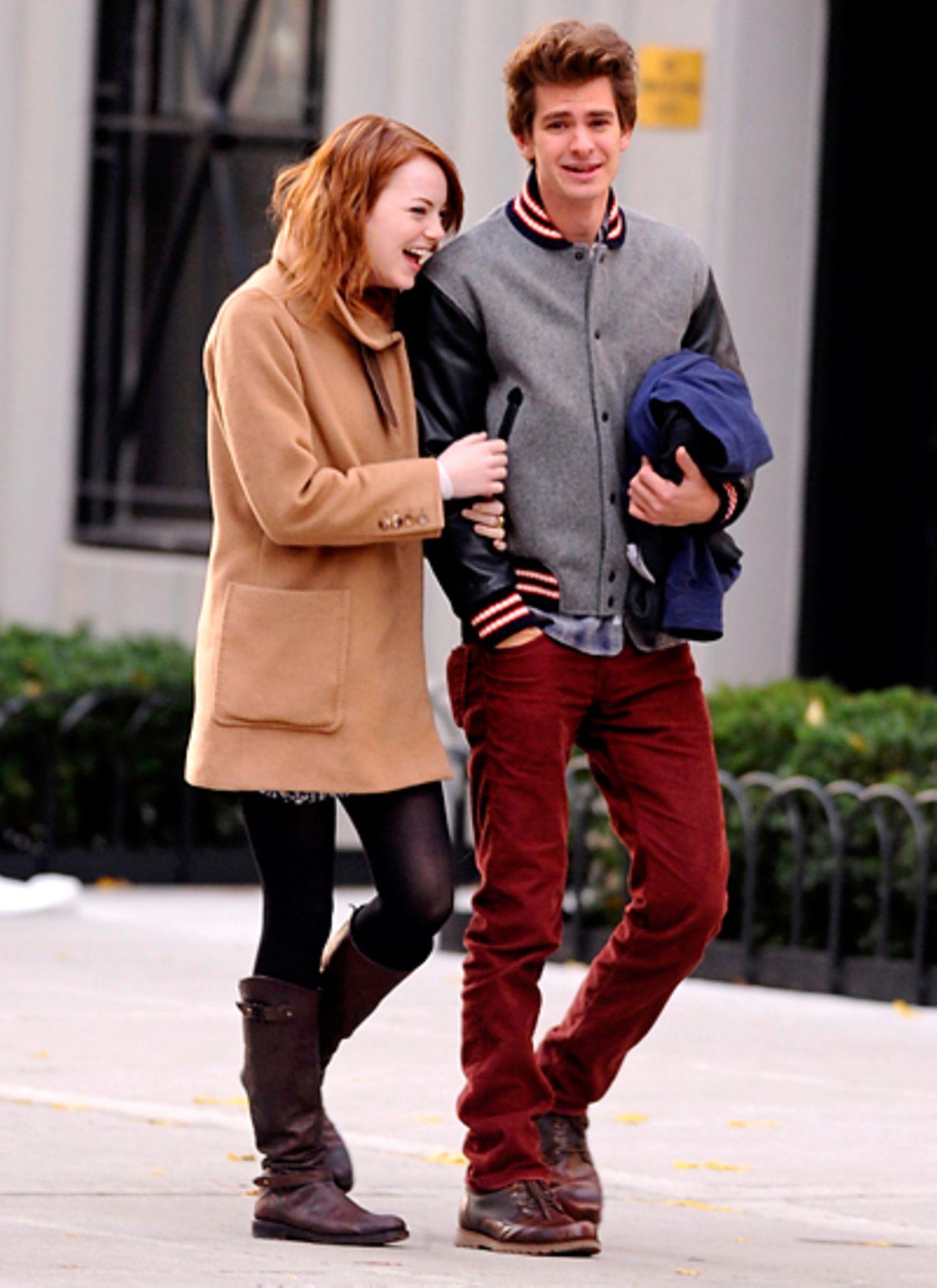 20. November 2011: Glücklich schlendern Emma Stone und Andrew Garfield durch New York City.