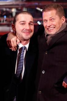 """Februar 2013: Bei der Berlinale posiert Til Schweiger mit den Hollywoodstars Shia LaBoeuf und Rupert Grint. Gemeinsam standen sie für die Actionkomödie """"The Necessary Death of Charlie Countryman"""" vor der Kamera."""