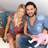 August 2015: Moderatorin Tina Kaiser und iher Partner Max Wiedemann freuen sich über die Geburt ihrer Tochter Liv, die mit 3200 Gramm zur Welt kam.