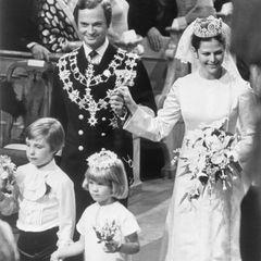 19.Juni 1976  Im selben Jahr geben sich Königin Silvia undKönig Carl XVI. Gustaf von Schweden in Stockholm das Jawort.