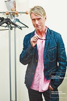 """Modedesigner Wolfgang Joop ünterstützt außerdem die Vereine """"Dunkelziffer"""" und """"Hamburger Leuchtfeuer"""""""