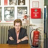 """Musiker und Moderator Lou Richter war als Komponist für den Song """"10 nackte Friseusen"""" zuständig"""