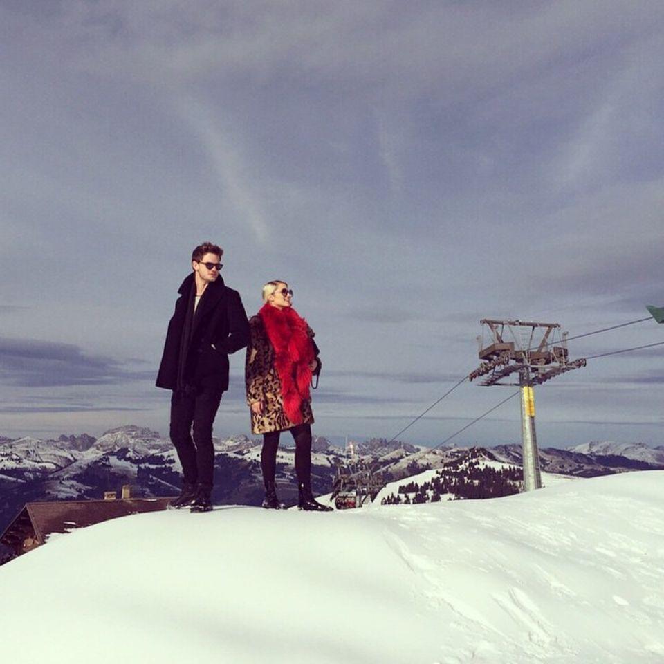 Dianna Agron macht Urlaub in der Schweiz, in Gstaad freut sie sich über den Schnee.