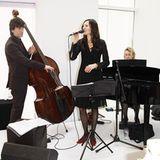 Für musikalische Höhepunkte sorgten die Jazzsängerin Jacobien Vlasman und Band sowie ...