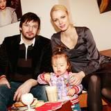 Franziska Knuppe und ihr Mann Christian Möstl brachten Töchterchen Mathilda mit zum GALA-Fashion-Brunch