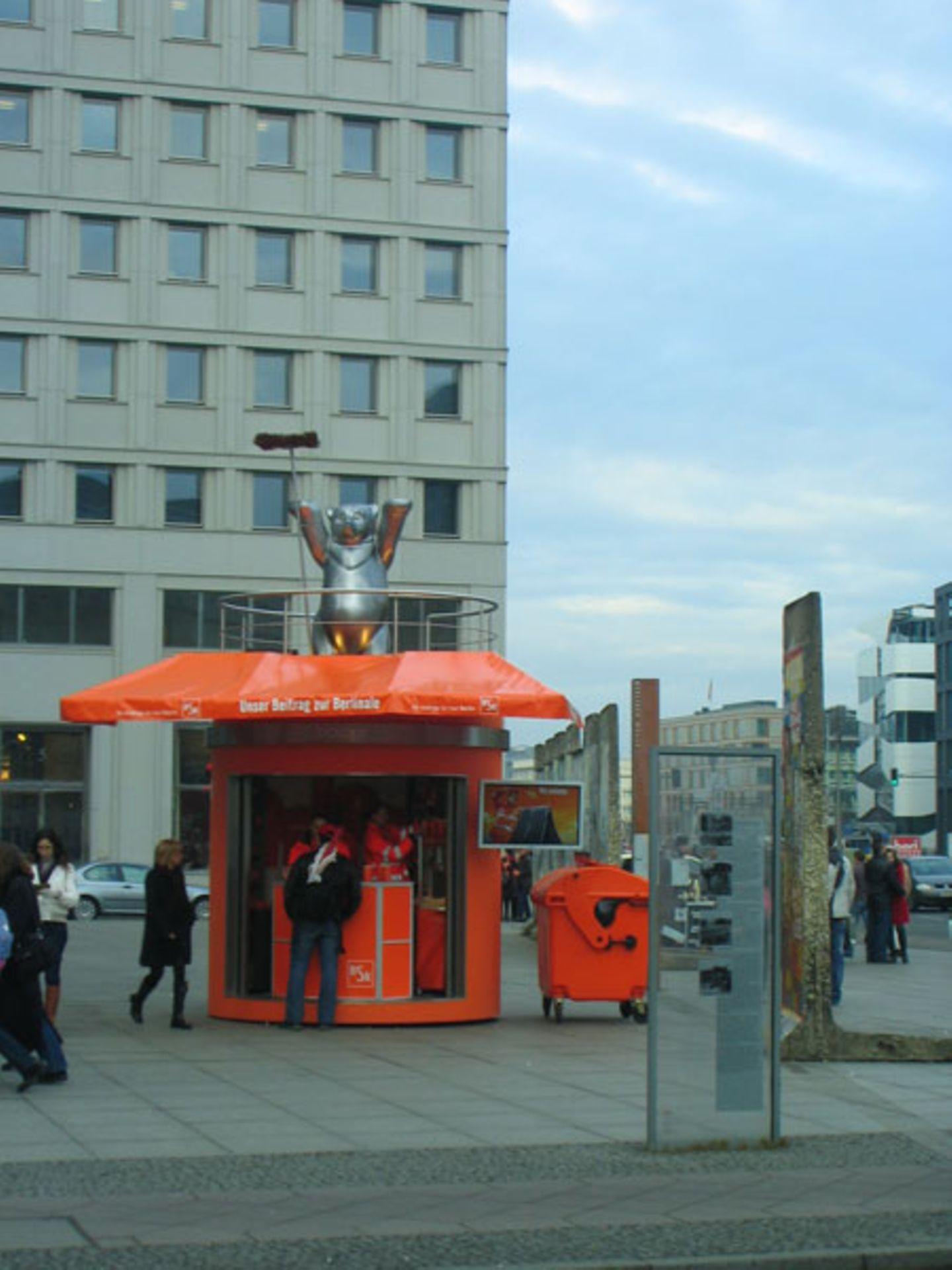 Auch die Berliner Stadtreinigung leistet ihren Beitrag zur Berlinale ...