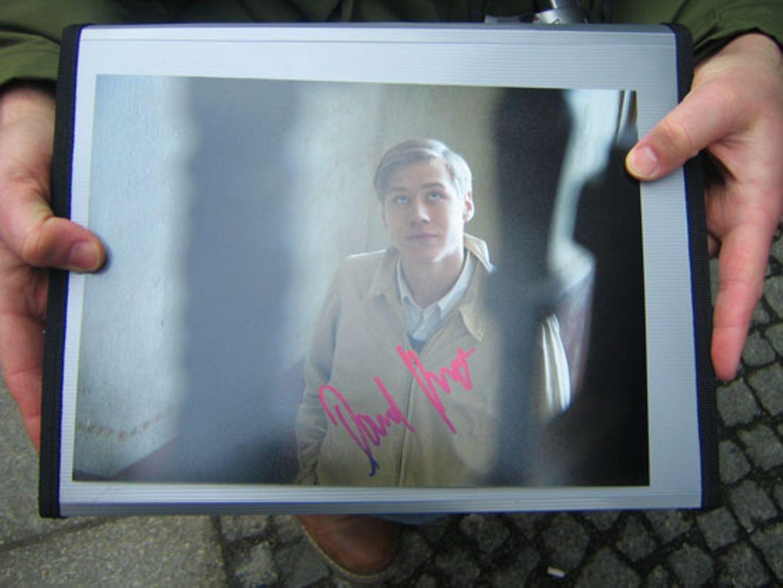... er hat ein Autogramm von David Kross ergattert