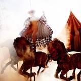 In dieser Woche inszeniert Kristian Schuller die Mädchen in einer traumhaften Zirkus-Kulisse.