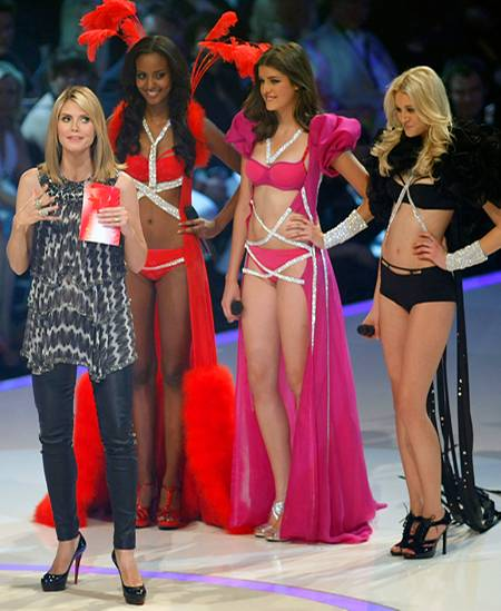 GNTM Sara, Marie and Mandy in the final On the newly minted