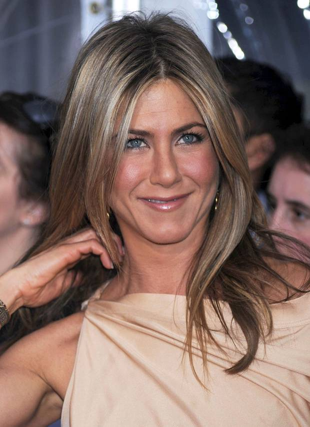 jennifer aniston ihr sch nsten frisuren in bildern s 15. Black Bedroom Furniture Sets. Home Design Ideas