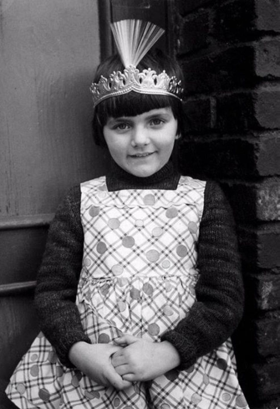 """Birgit Schrowange  """"Ganz lang ist es her"""" erinnert sich Birgit Schrowange an dieses alte Foto, auf dem sie aussieht wie eine kleine Prinzessin."""