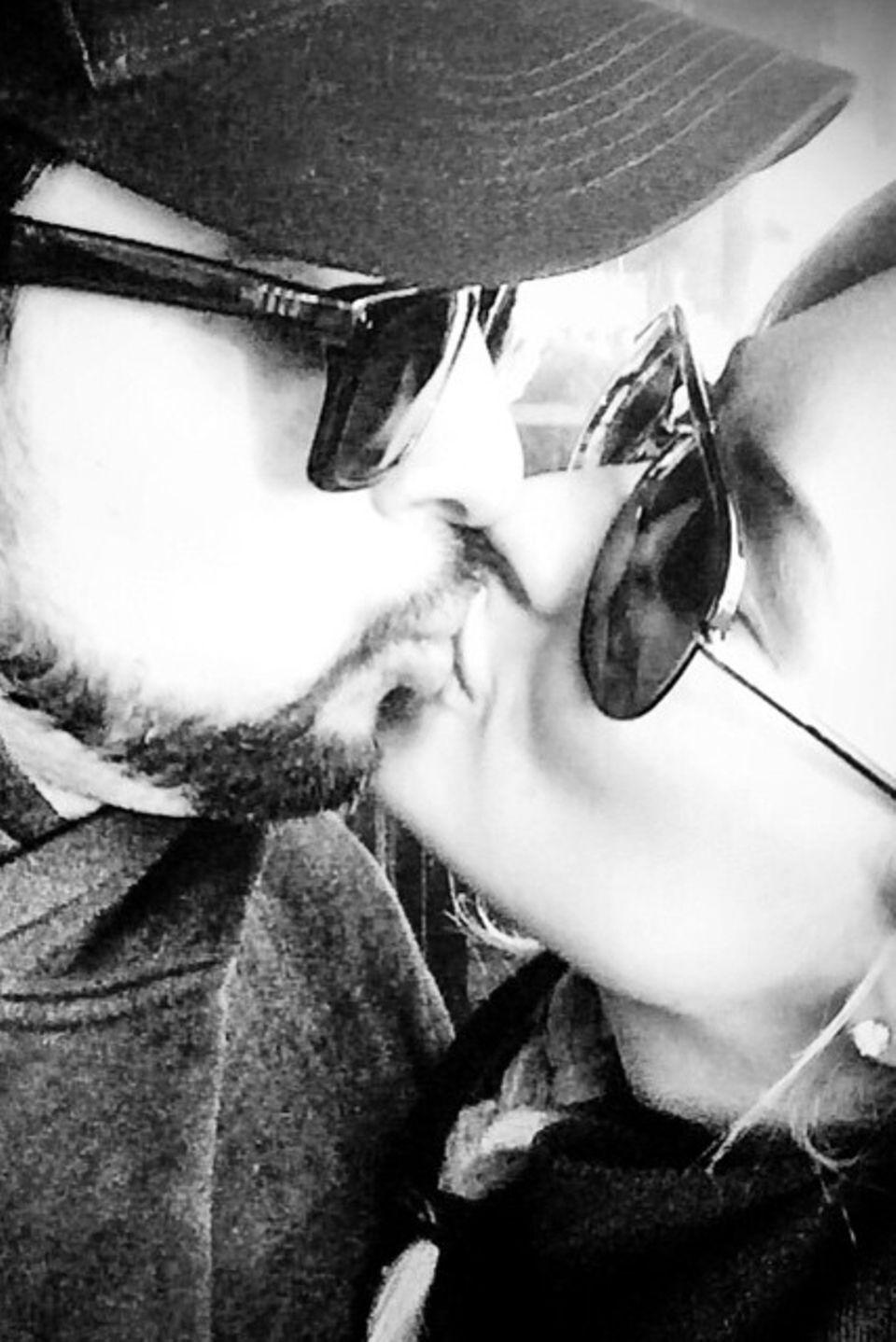 Mit diesem Foto bedankt sich Demi Lovato bei ihrem Freund Wilmer Valderrama, der auch in ihrer schwersten Zeit immer für sie da war.