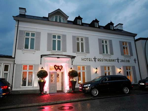 Im ehrwürdigen Louis C. Jacob in Hamburg wird gefeiert